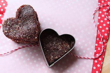 Valentines Heart Date Slice